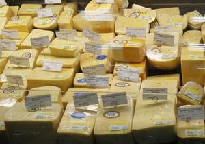 В Кабмине засомневались в качестве украинского сыра и молока