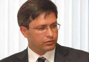 Облитый кислотой замгубернатора Киевской области подал в отставку