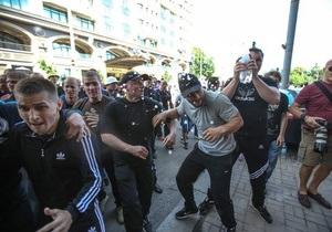 УДАР - Партия регионов - митинг - драка в Киеве - нападение на журналистов - УДАР требует от ПР извинений перед журналистами за события 18 мая
