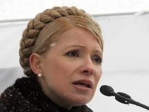 Тимошенко: Ющенко не пускает ко мне губернаторов