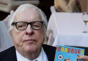 Легенде мировой фантастики Рэю Брэдбери исполнилось 90 лет