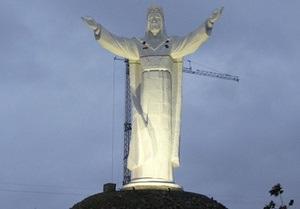 В Польше освятили самую высокую в мире статую Иисуса Христа