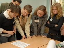 Фонд Виктора Пинчука увеличивает месячную стипендию программы «ЗАВТРА.UA» до 942 гривен