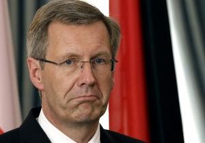 Президента Германии обвинили в давлении на СМИ. Немцы требуют его отставки