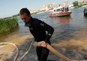 В столичном Гидропарке водолазы спасли четырех человек