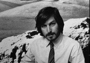 Список книг-бестселлеров года в Amazon возглавила биография Стива Джобса