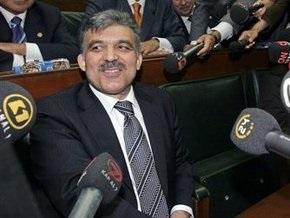 Президент Турции может предстать перед судом за фальсификацию документов