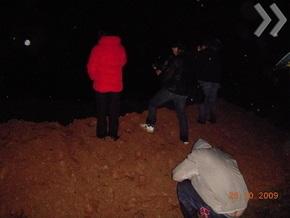 На месте падения метеорита в Латвии зафиксирован повышенный уровень радиации