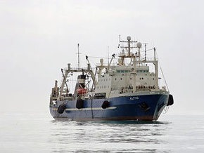 Индийские военные задержали судно, на котором террористы могли прибыть в Мумбаи