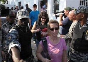 Суд Гаити оставил под стражей двоих американских миссионеров, задержанных за незаконный вывоз детей
