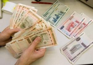 Белорусский рубль рухнул на 60% в первый день свободных торгов на бирже