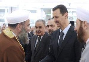 Президент Асад появился в мечети в Дамаске