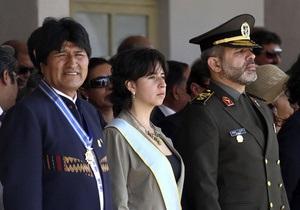 Министра обороны Ирана выдворили из Боливии из-за теракта 17-летней давности