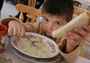 Во всех регионах Украины выявлены крупные махинации в сфере питания детей - DW