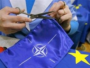Ющенко утвердил нацпрограмму по подготовке Украины к вступлению в НАТО