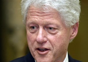Билл Клинтон призывает украинцев проходить тестирование на ВИЧ/СПИД