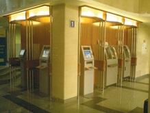 Чем банковский киоск самообслуживания отличается от банкомата