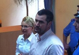 Адвокат Тимошенко оконфузился, заявив, что у нее нет высшего юридического образования