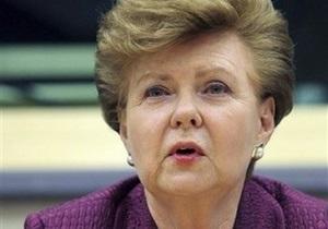 Экс-президент Латвии: Голодомор был способом поставить Украину на колени