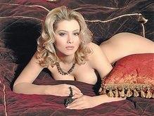 Российская светская львица Лена Ленина получила Полный абзац