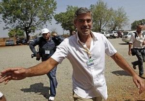 Джордж Клуни переболел в Судане малярией