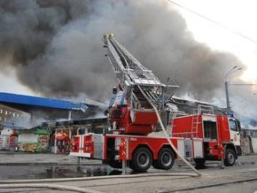Фотогалерея: Огонь уничтожил рынок в Днепропетровске