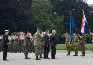 Минобороны Нидерландов назвало чушью слова генерала США о слабом боевом духе солдат-геев