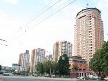В Киеве появилась первая пожарная машина для 30-этажных зданий