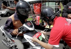 Таиландская оппозиция отказалась от дальнейших переговоров с премьером