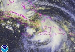 Из-за урагана тысячи жителей Флориды остались без света