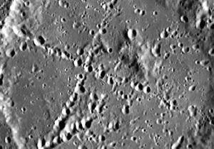 Зонд Мессенджер обнаружил на Меркурии гигантский крест