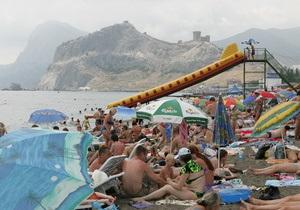Власти Крыма этим летом ожидают 6 млн туристов