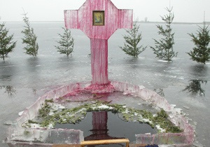 В Иркутске 50 человек отравились святой водой