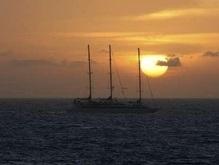 У освобожденных пиратами украинцев сломался корабль