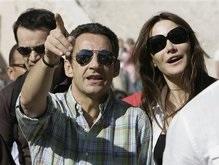 Уикенд Саркози с новой подругой вызвал во Франции бурю негодования