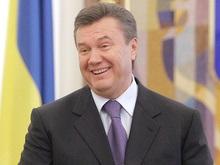 Янукович считает вступление в НАТО бессмыслицей