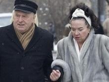 ЦИК РФ публикует сведения о доходах: жена Жириновского богаче четы Зюгановых