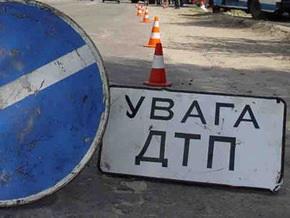 ДТП в Тернопольской области: грузовик сбил людей, менявших колесо