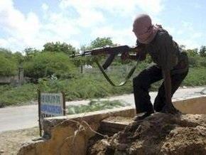 15 человек погибли в Могадишо при минометном обстреле мечети