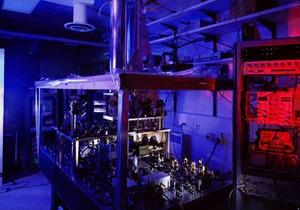 Американские физики поставили новый рекорд точности измерения времени