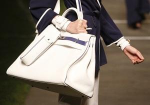 На кожаных сумках находится больше бактерий, чем на сидении унитаза - исследование