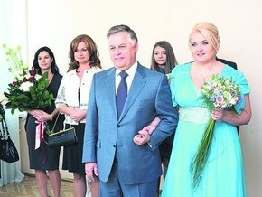 Экс-жена Симоненко: Свадьба этого извращенца незаконна