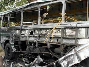 В Китае автобус сгорел дотла: 24 человека погибли, 42 ранены