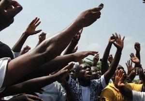 За святой водой: В Гане в давке в церкви погибли четыре человека