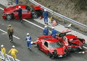 В Японии восемь Ferrari и два Mercedes попали в ДТП