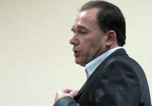 Фомин: В команде адвокатов Кучмы, кроме помощников, работают четыре человека