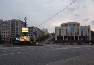 На Европейской площади в Киеве хотят установить памятник Сталину