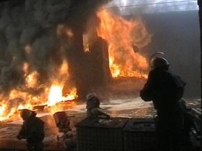В Киеве горел мебельный склад