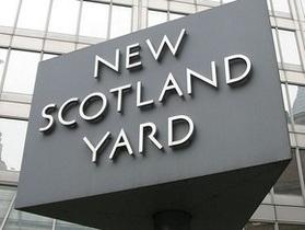 Глава Скотланд-Ярда ушел в отставку из-за скандала с News of the World