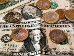Курс продажи наличного доллара составляет 7,68-7,7 гривны